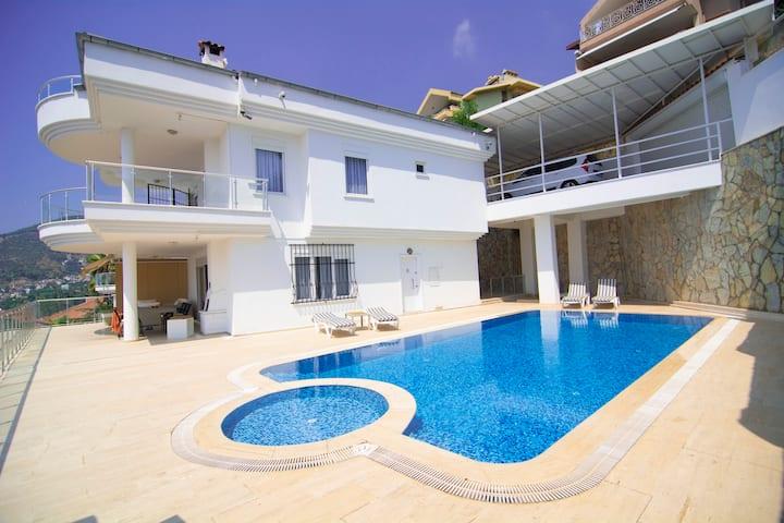 Beautiful view villa II