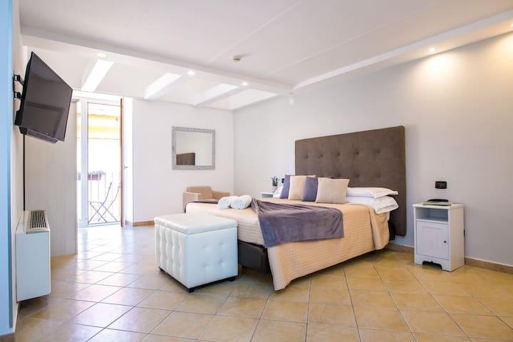 Hotel al centro di Sorrento - Suite Room 4pax