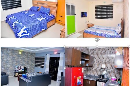 Cool Calm Entire apartment · 2 bedrooms en suite