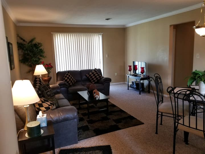 2br 2ba condo - ideal for temporary workers