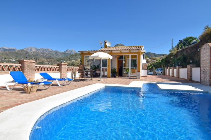 Beautiful 1 bedroom villa with private pool
