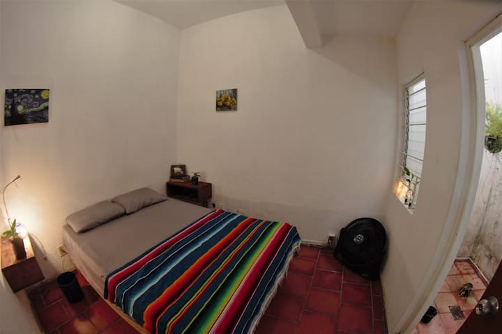 Habitacion con sala privada. Colonia Americana