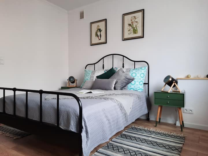 "New cosy apartment ""Green Fish"", 7 min from CC"