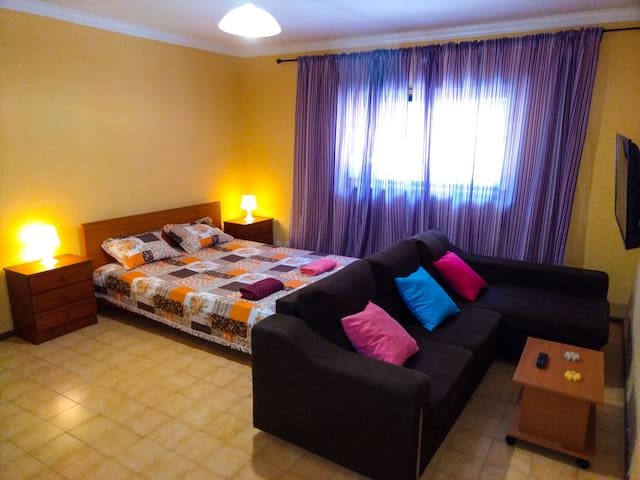 Beautiful 4 Bedroom Apartment in Braga Center
