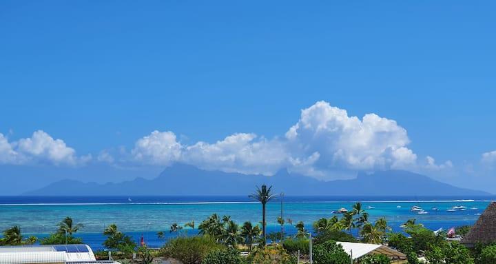 Tahiti bright F3 Apt Lagoon View