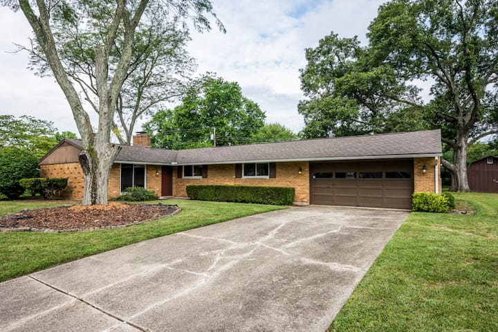 Family & Friends 3bd/ 2ba in Heart of Centerville