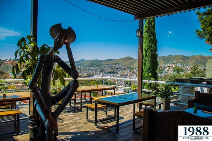 Hotel vista romántica con alberca-jacuzzi-bar