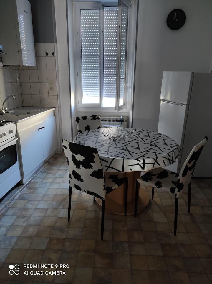 Appartement de 32 M2 en centre ville.
