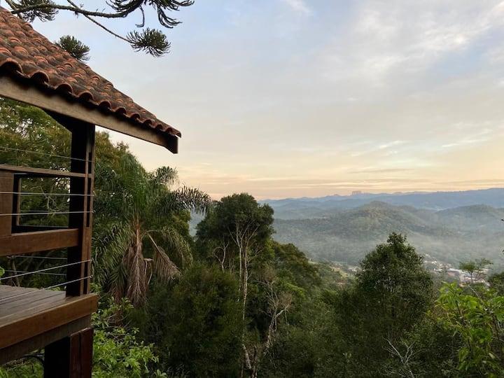 Adorável Chalé no Topo da Montanha (9)