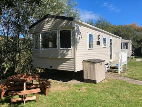 3 Minutes from porth beach Newquay Plot 104