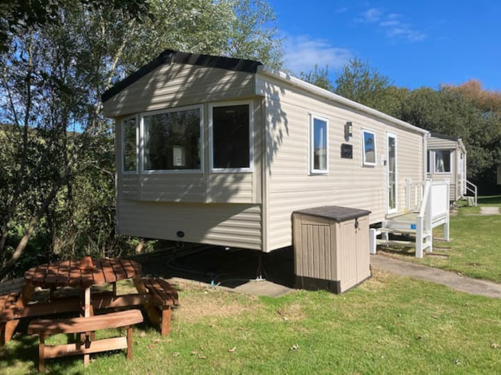 3 Minutes from porth beach - Newquay Bay Resort