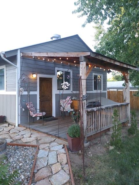 Riverbend Cottage