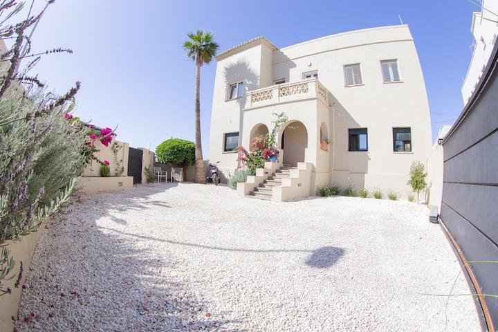 La Terraza del Puerto luxury house