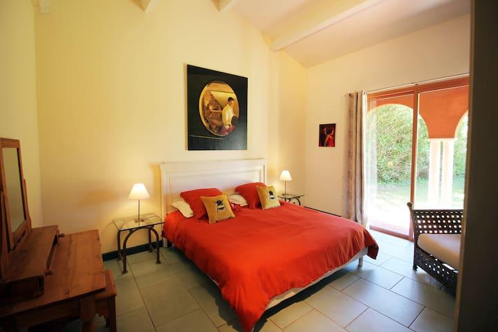Doube bedroom 1