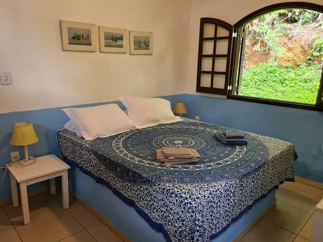 Quarto 2 - Toalhas e roupas de cama inclusas na diária*