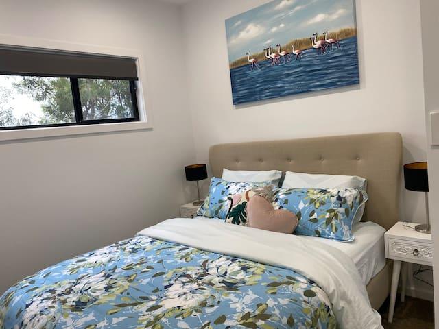 Queen Bed - Bedroom 3