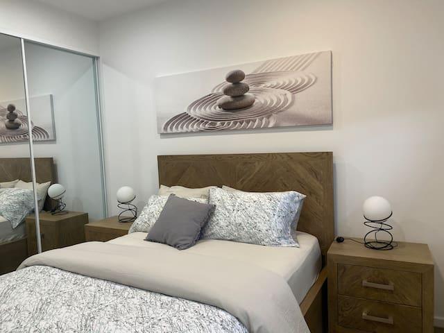 Queen Bed - Bedroom 2