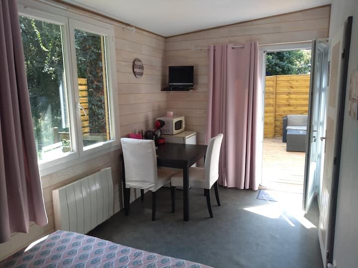 Chambre indépendante avec terrasse sans vis à vis
