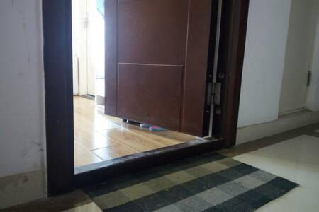 入口处无台阶,轮椅♿可以自由出入
