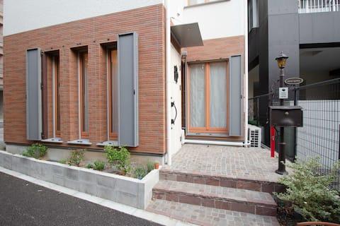 ☆新築apila②netflix有SDベッド2台!浴室はバスタブ有2階1室【サンシャイン徒歩5分】