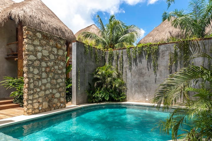 """Private Room in Secluded Jungle Retreat """"Tierra 3"""""""