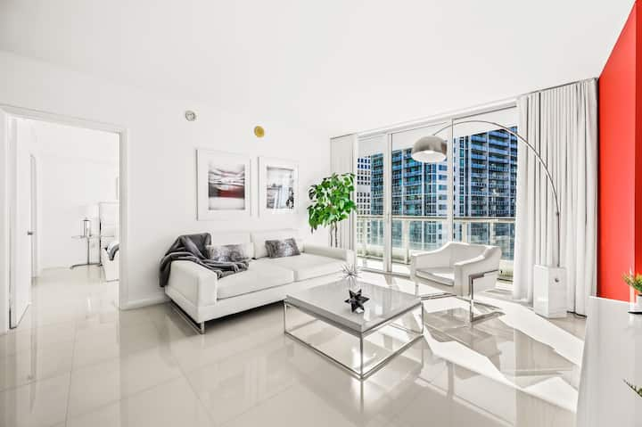 ICON W Residence W/City & River Views 29th Floor