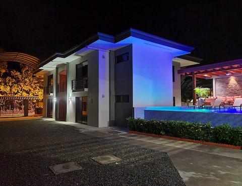 Ballena Paradise Aparta Hotel