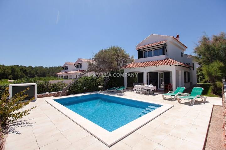 Villa con piscina, AC, 5 mins de la playa, WIFI