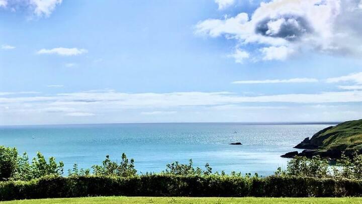 Stunning sea view Devon Luxury Lodge