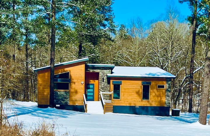 Stunning 24 Karat Cabin in Broken Bow!