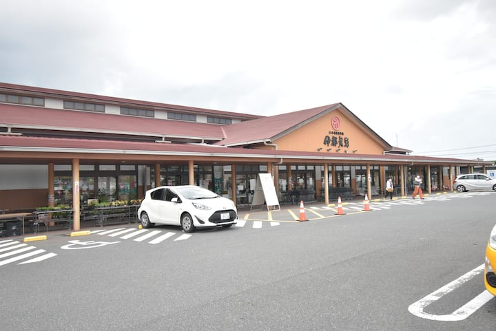 糸島観光に在宅ワークに最適な環境!!。高速室内wifi無料!!新築1戸建て最新設備。3台駐車無料!!
