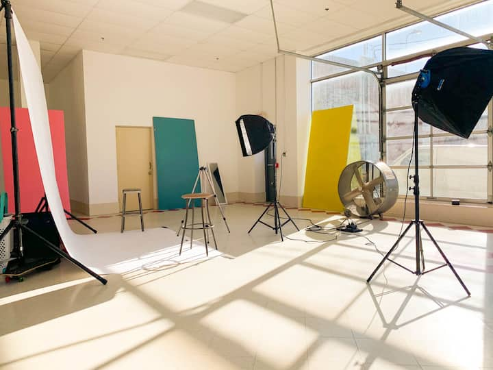 Photography studio!  insta: hbgstudiospace