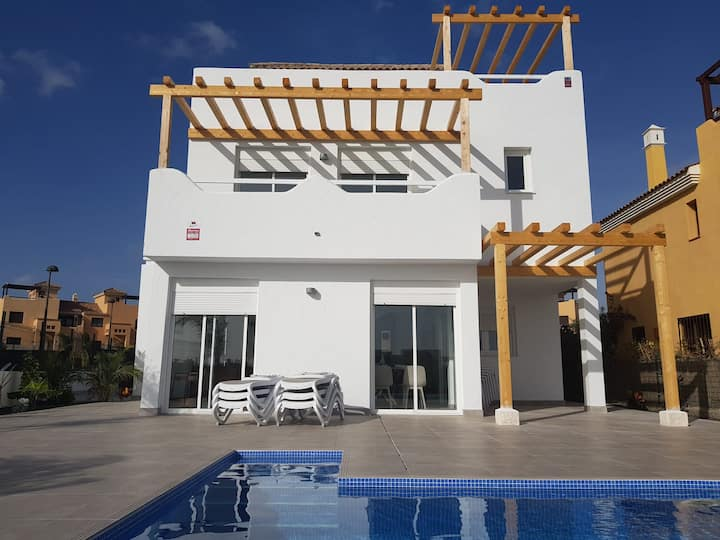 Island Golf villas 2 - Amarilla - 4 bed villa