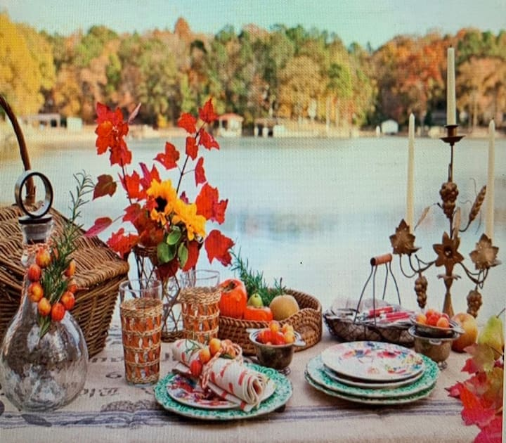 Pickwick Lake - Holiday Specials