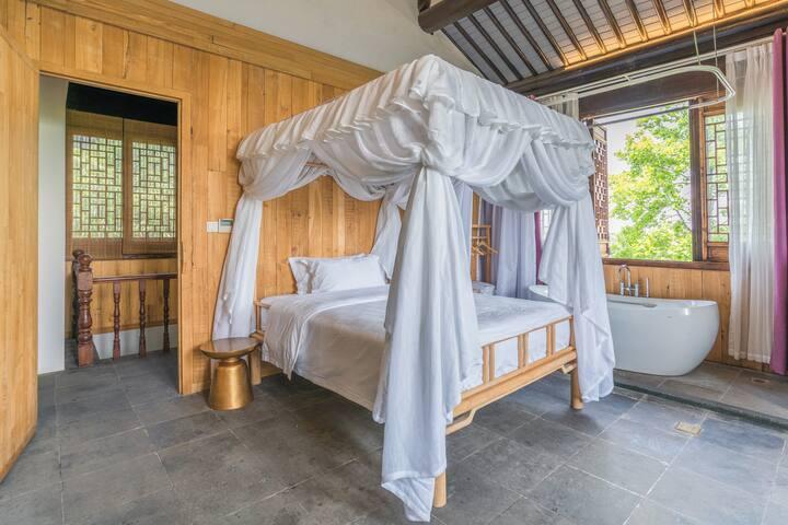 房间 4独立卫浴 :景观大床房 1.5*2.0的床1张