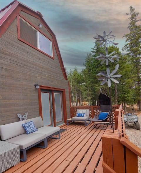 Charming Blue Farmhouse Cabin