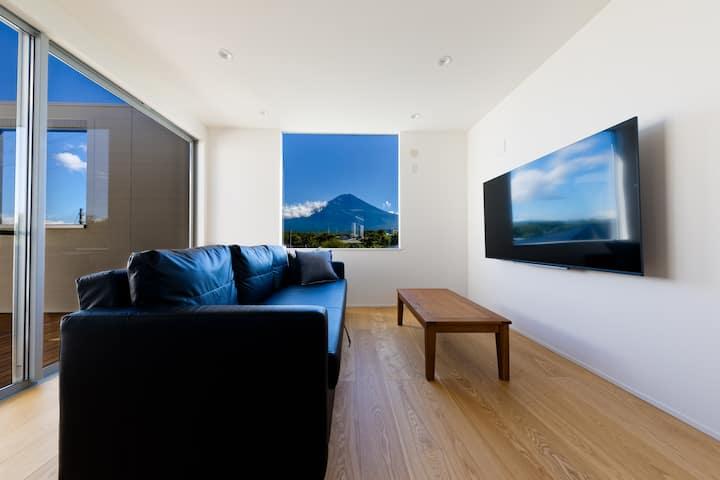 [Frame View Mt.Fuji Villa-east-]