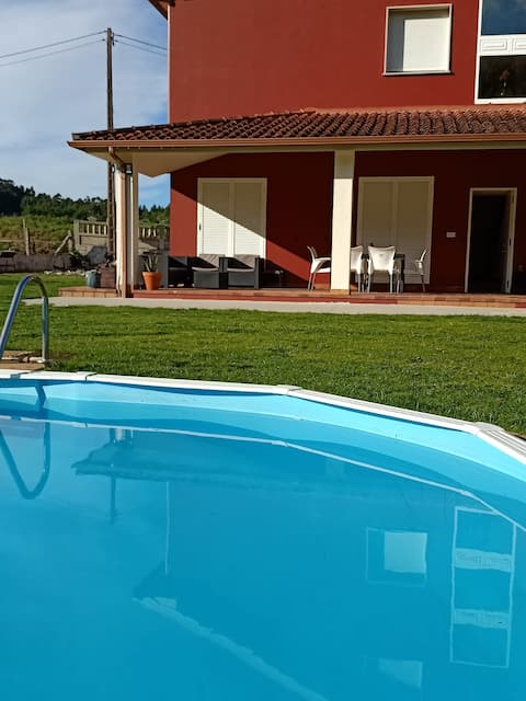 Apartamento en bloque vivienda con piscina
