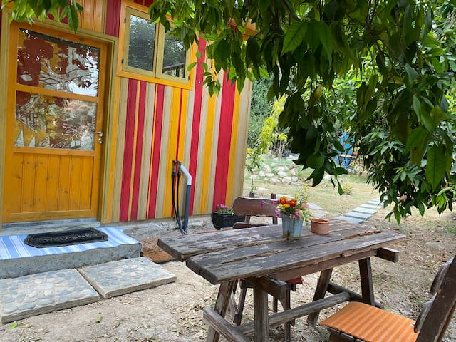 Knightaway Garden Hut