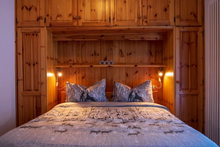 Accogliente appartamento vicino al bosco.