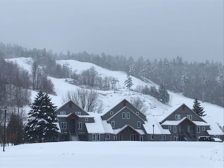 All season Chalet at Calabogie Peaks Resort