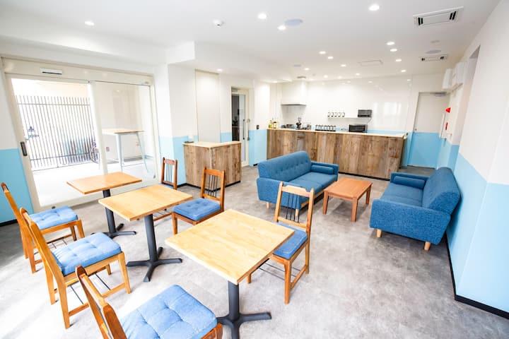 Porthouse Hatsudai Twin bed room