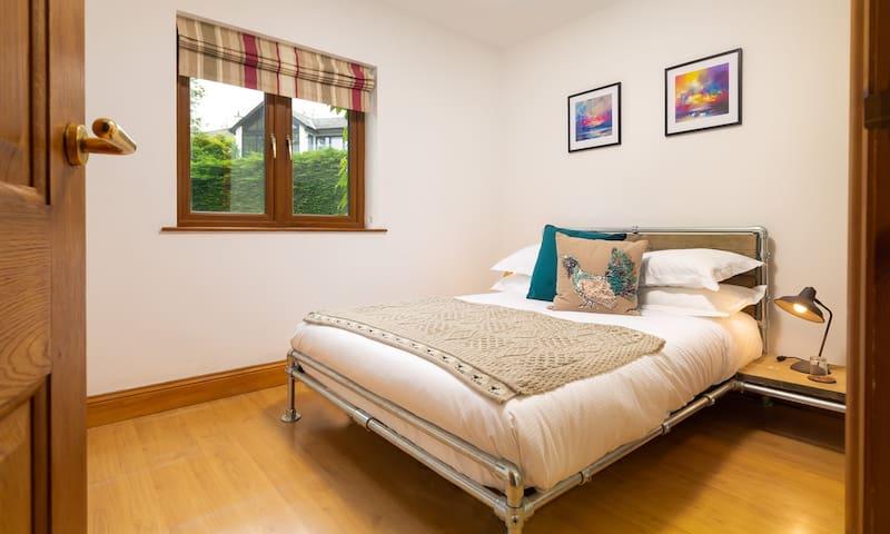 Bedroom 4 with double bed & en-suite