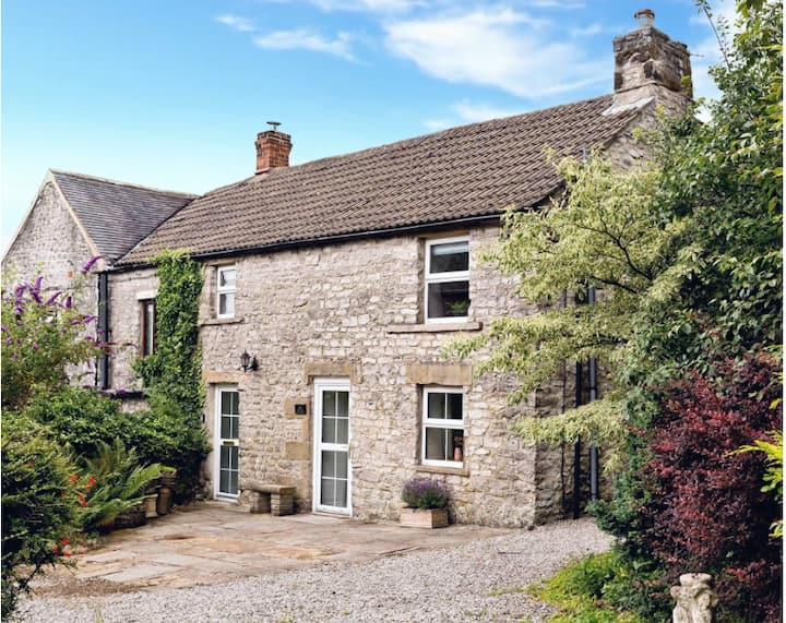 Rose Cottage |  Rural Peak District Cottage