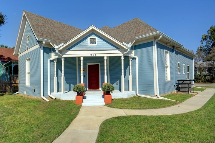 Minutes from Stockyards & Cultural District