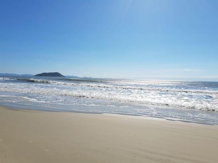 Apto novo na Melhor Praia de SC PALMAS DO ARVOREDO