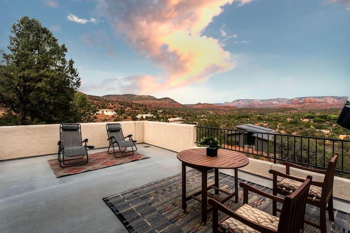 Cradle of the Sun Studio: Unparalleled Vistas