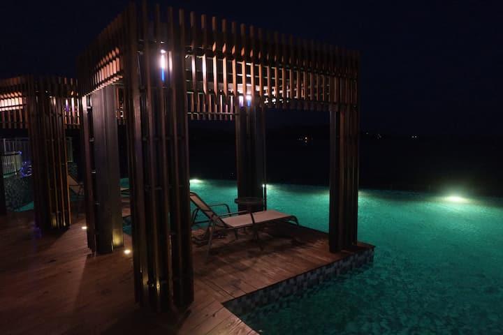 Honeymoon Studio ( 2 Pax Only )