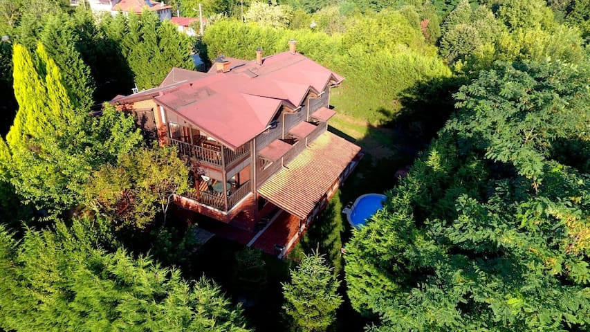 Private Villa& Jacuzzi | 6+1 House in Sapanca