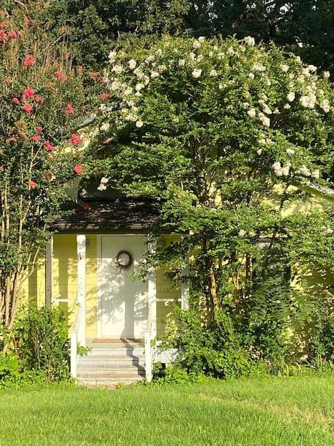 Scottsville Cottage
